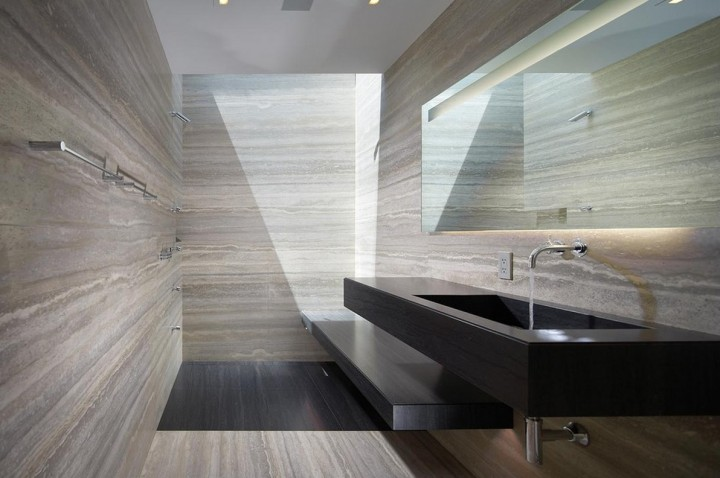 travertine-bathroom-walls