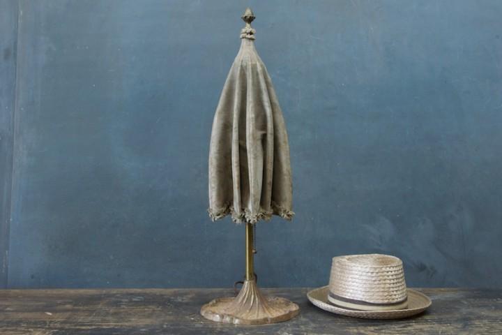 Зонт в декоре интерьера