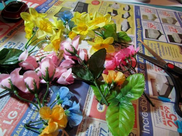 flowers 600x450 {Guest Post} Faux Porcelain Flower Frame