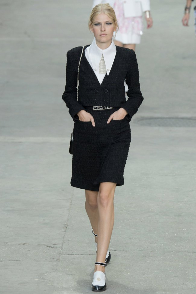 chanel-2015-spring-summer-runway38.jpg