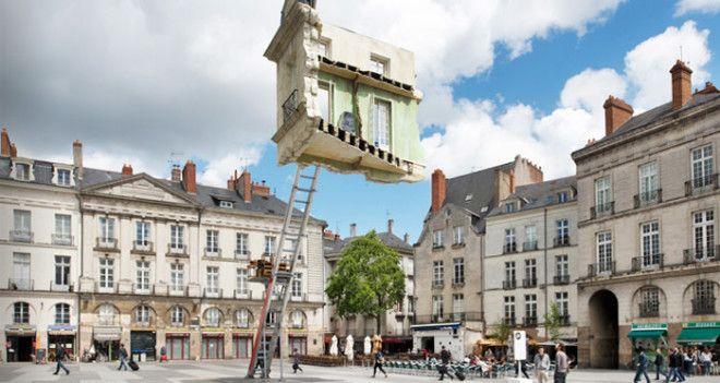 10 скульптур зависших в воздухе вопреки гравитации
