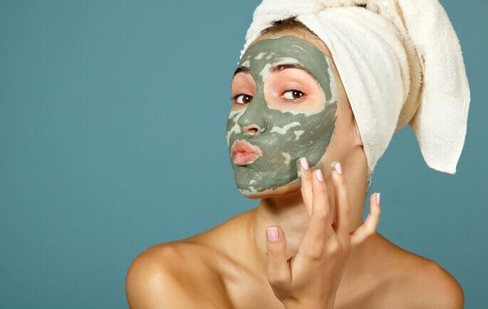 маски для жирной кожи лица в домашних условиях из глины