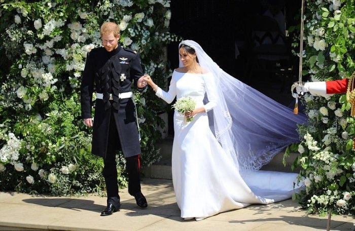 Наряд невесты подкупал своей лаконичностью и стилем.