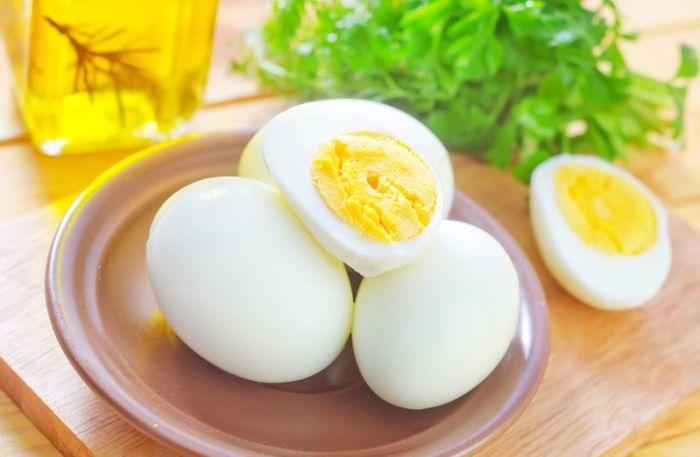 Сколько яиц можно есть в день без вреда для здоровья