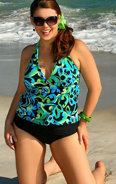 Фото толстушек в купальникахnone