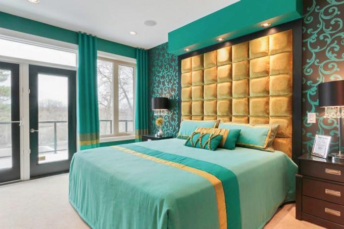 бирюзово-золотая спальня