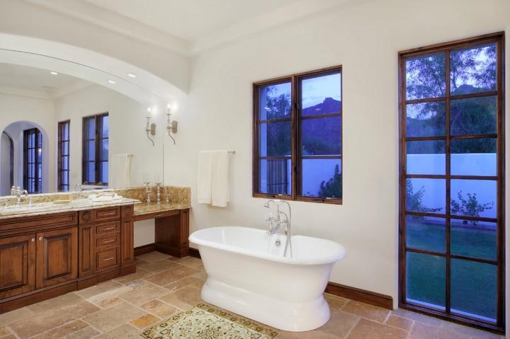 travertine-floor-bathroom-idea