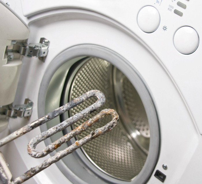 Чистка электроприборов от накипи. | Фото: myspares.com.ua.