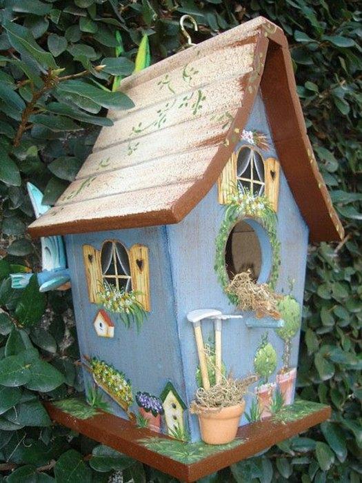 Реалистичный домик для птиц