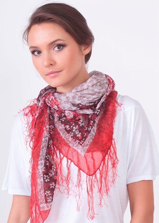 Как завязать шарф, платок и палантин. Завываем шарф правильно на ... | 755x540