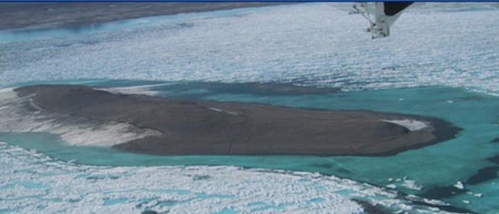 Самые необычные острова планеты (8 фото)