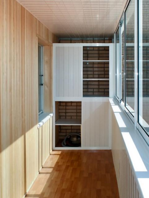 Шкафы на балконе!