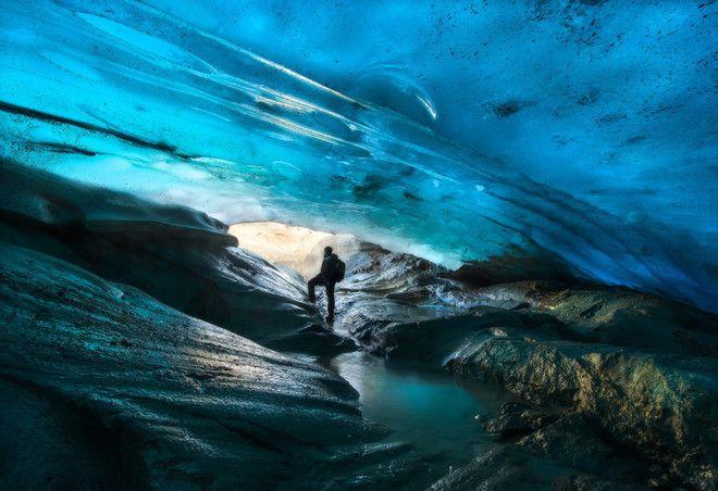 Пещера в леднике, Патагония