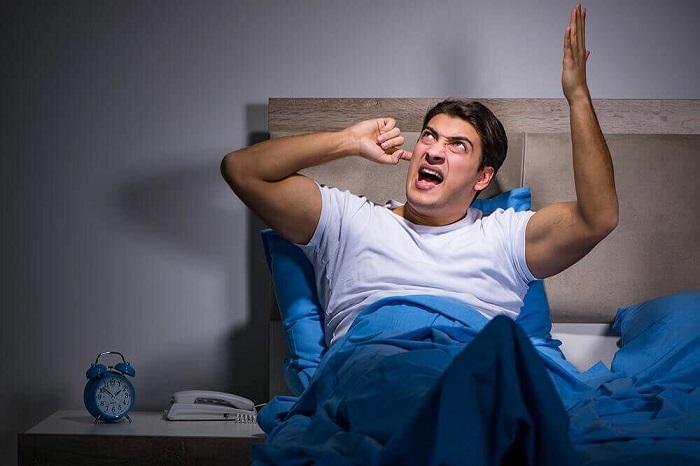 Шумные соседи будут мешать вашему комфорту. / Фото: pinterest.ru