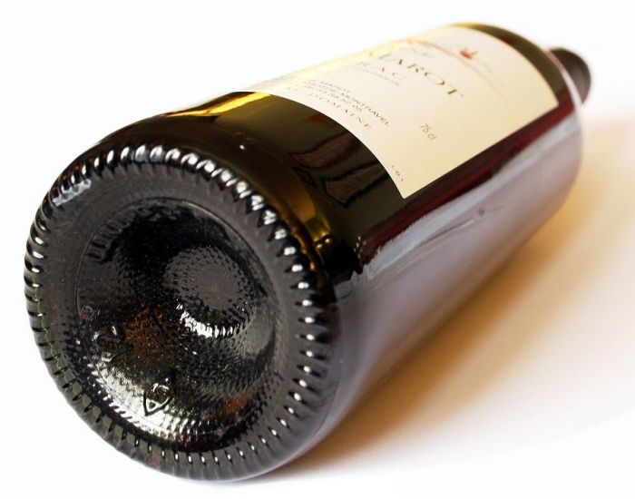 Пунт в винных бутылках. /Фото: codogara.pl