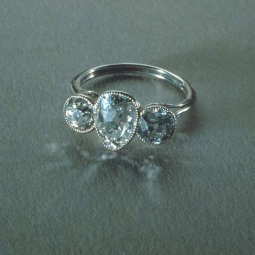 """Кольцо, найденное в женской сумочке с украшениями, среди обломков """"Титаника"""" © bigmir.net"""