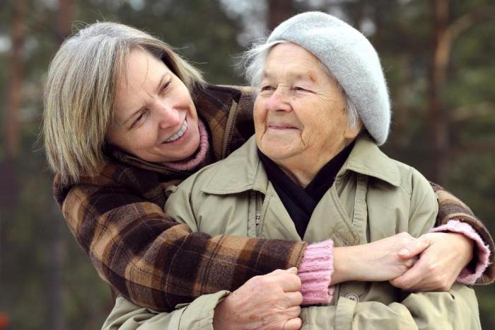 Такие теплые и крепкие объятия двух дорогих людей. | Фото: kellriddlelese.tk.