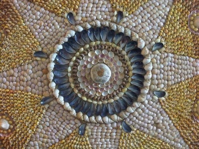 Возможно подземный дворец создали древние цивилизации (Margate Shell Grotto).