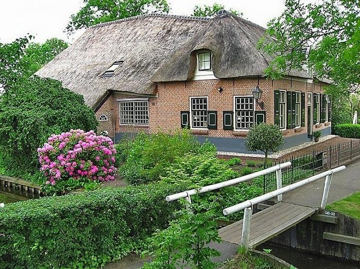 Большинство домов сохранили свой первозданный вид.