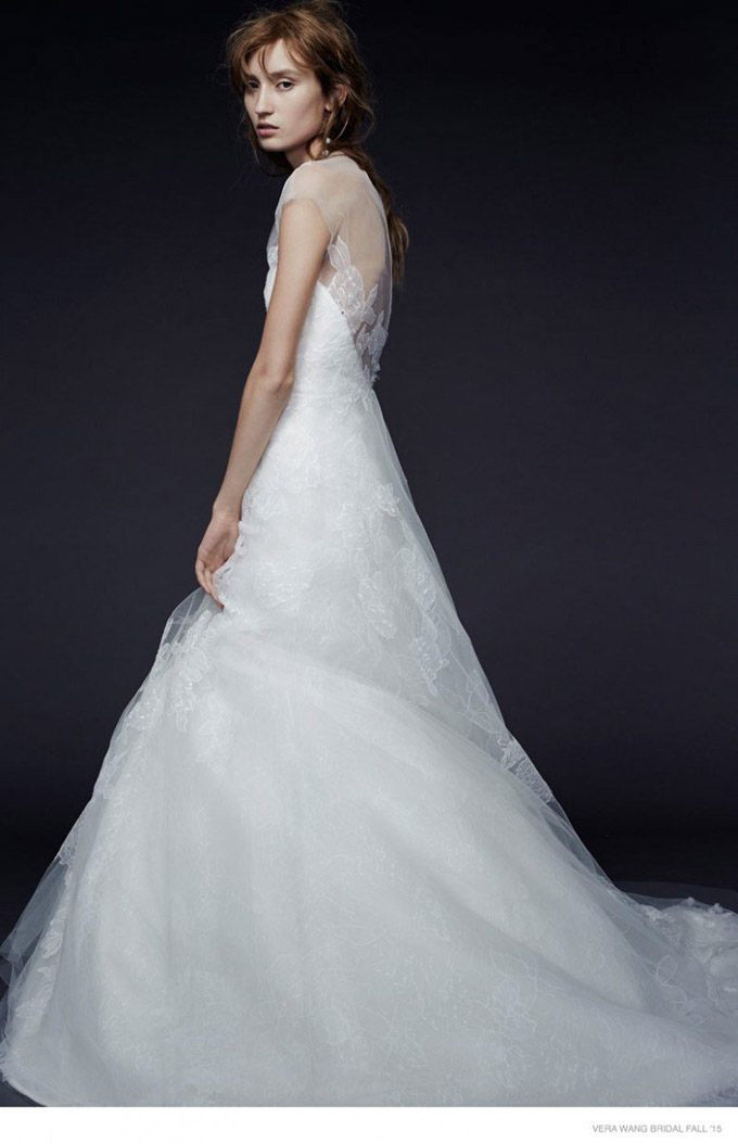 vera-wang-bridal-2015-fall-dresses02-774x1200.jpg