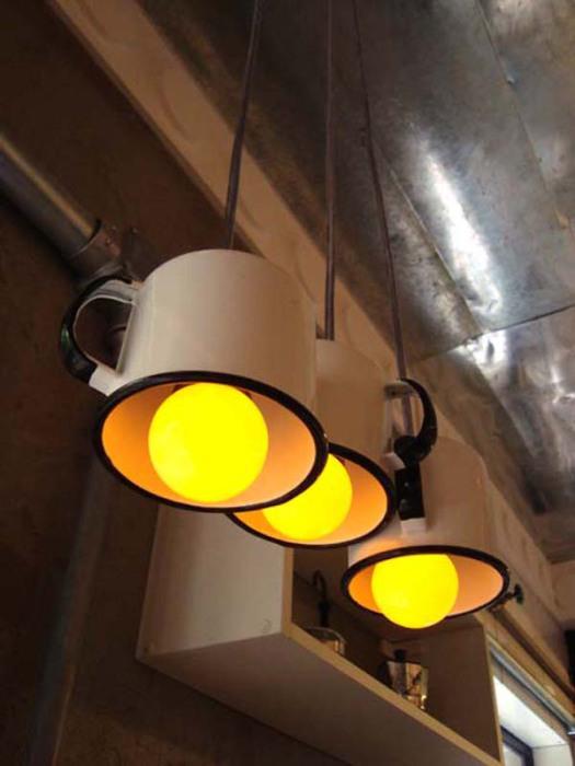 Оригинальный светильник.