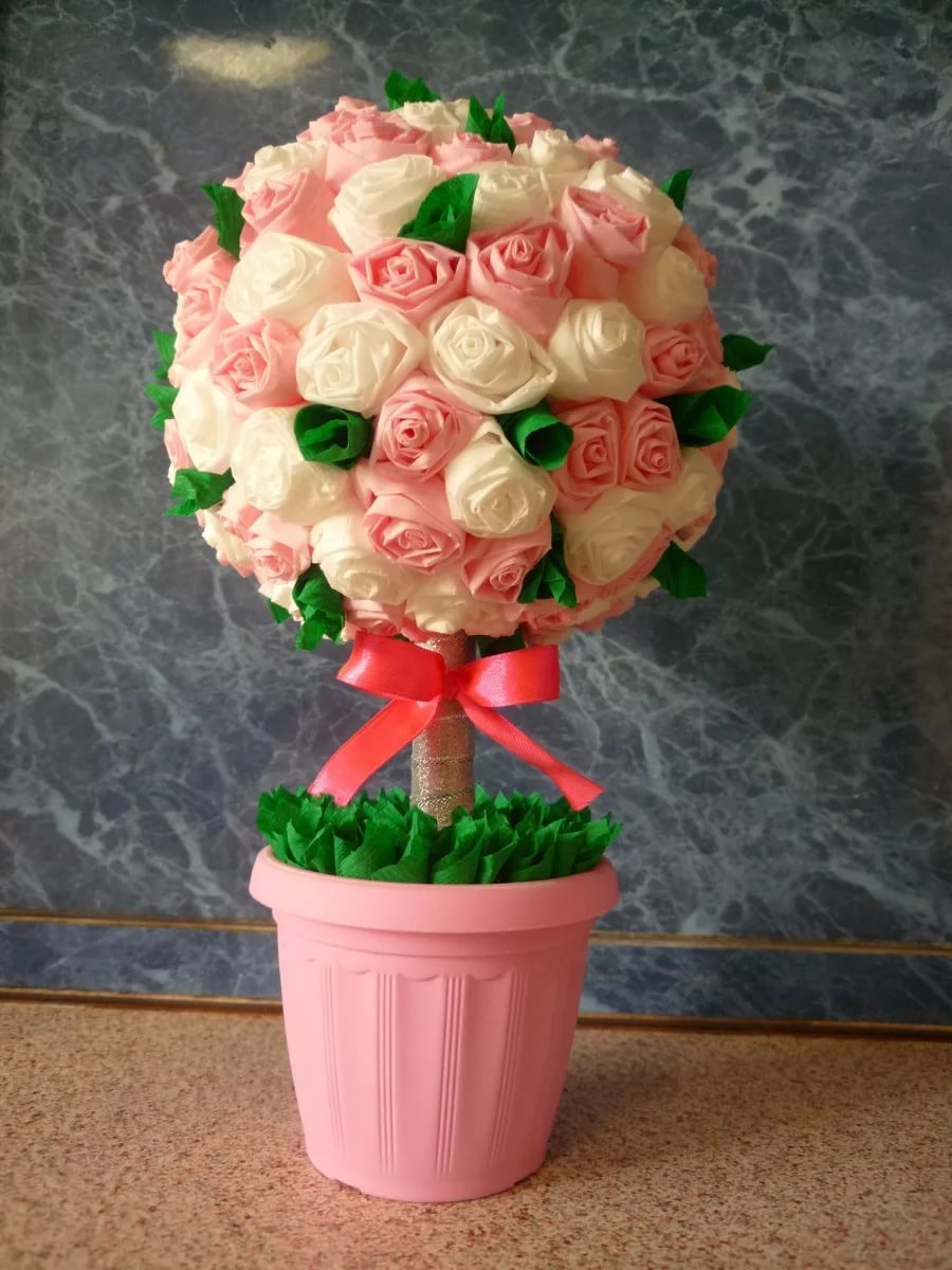 Делаем цветы из салфеток своими руками видео фото 656