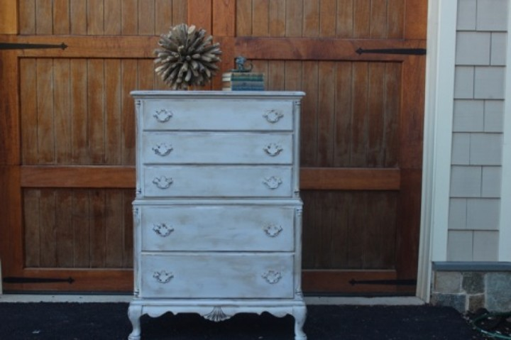 vintage-chest-of-drawers-from-blue-egg-brown-nest