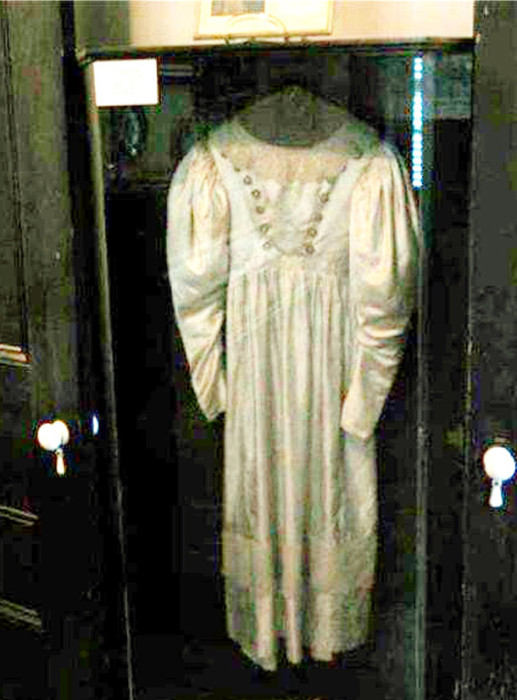 Свадебное платье - привидение.