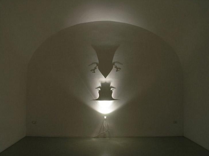 shadows07 Художник, рисующий тенью