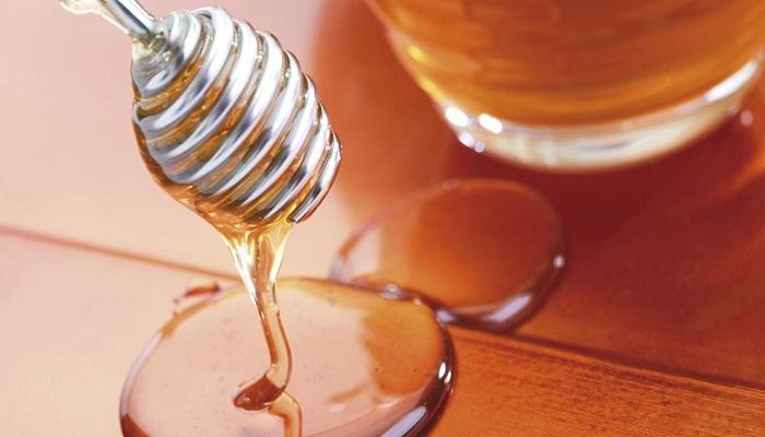 Можно ли растапливать мед в микроволновке. / Фото: newstracker.ru