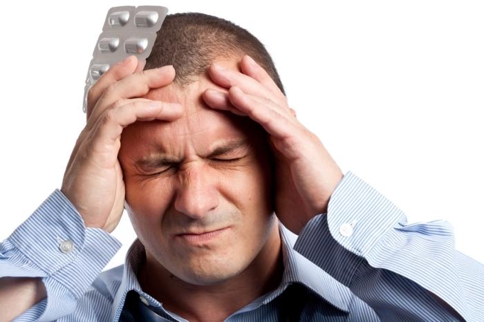 Нельзя терпеть головную боль. /Фото: www.i-w-t.org