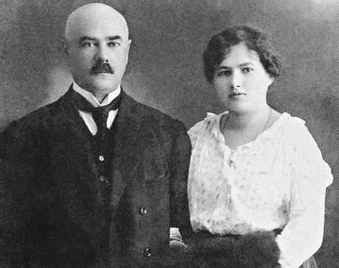 Ксения Чиж любила своего мужа, Деникина, которого знала с младенчества. /Фото: gpeople-russia.ru