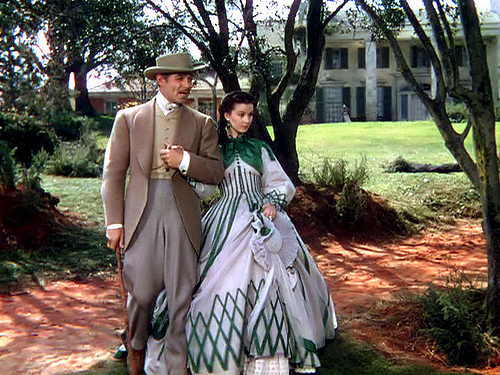psychological issues of scarlett o hara Margaret mitchell's gone with the wind is saturated rhett butler and scarlett o'hara but we are unable to express it for want of the psychological.