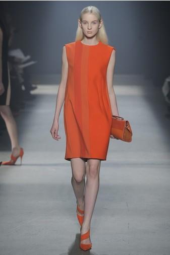 15 лучших красных платьев из осенне-зимних коллекций | галерея [3] фото [4]