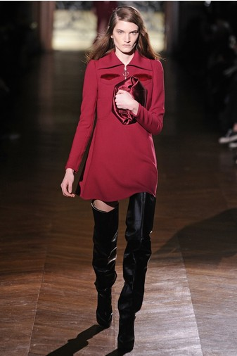 15 лучших красных платьев из осенне-зимних коллекций | галерея [3] фото [5]
