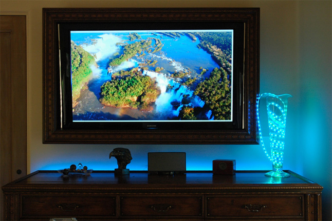 Использование светодиодной ленты в качества декора
