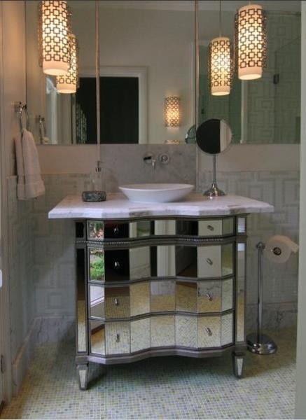 Зеркальная ванная комната