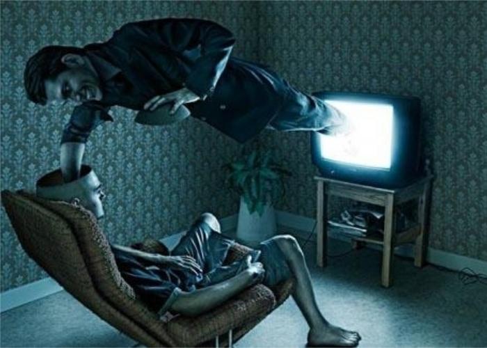 Независимых СМИ не существует. / Фото: economic-definition.com