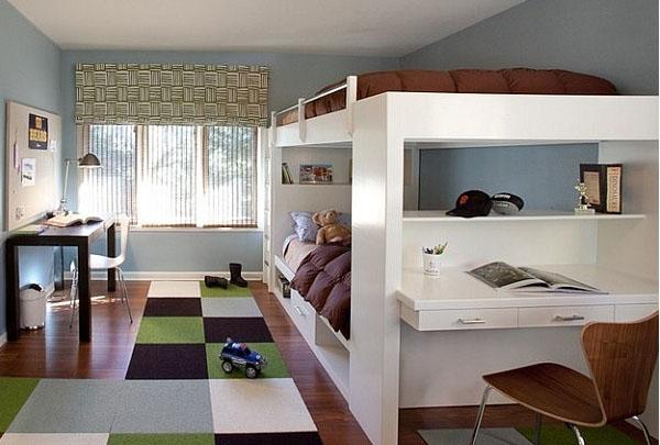 Двухъярусная кровать со встроенным рабочим местом
