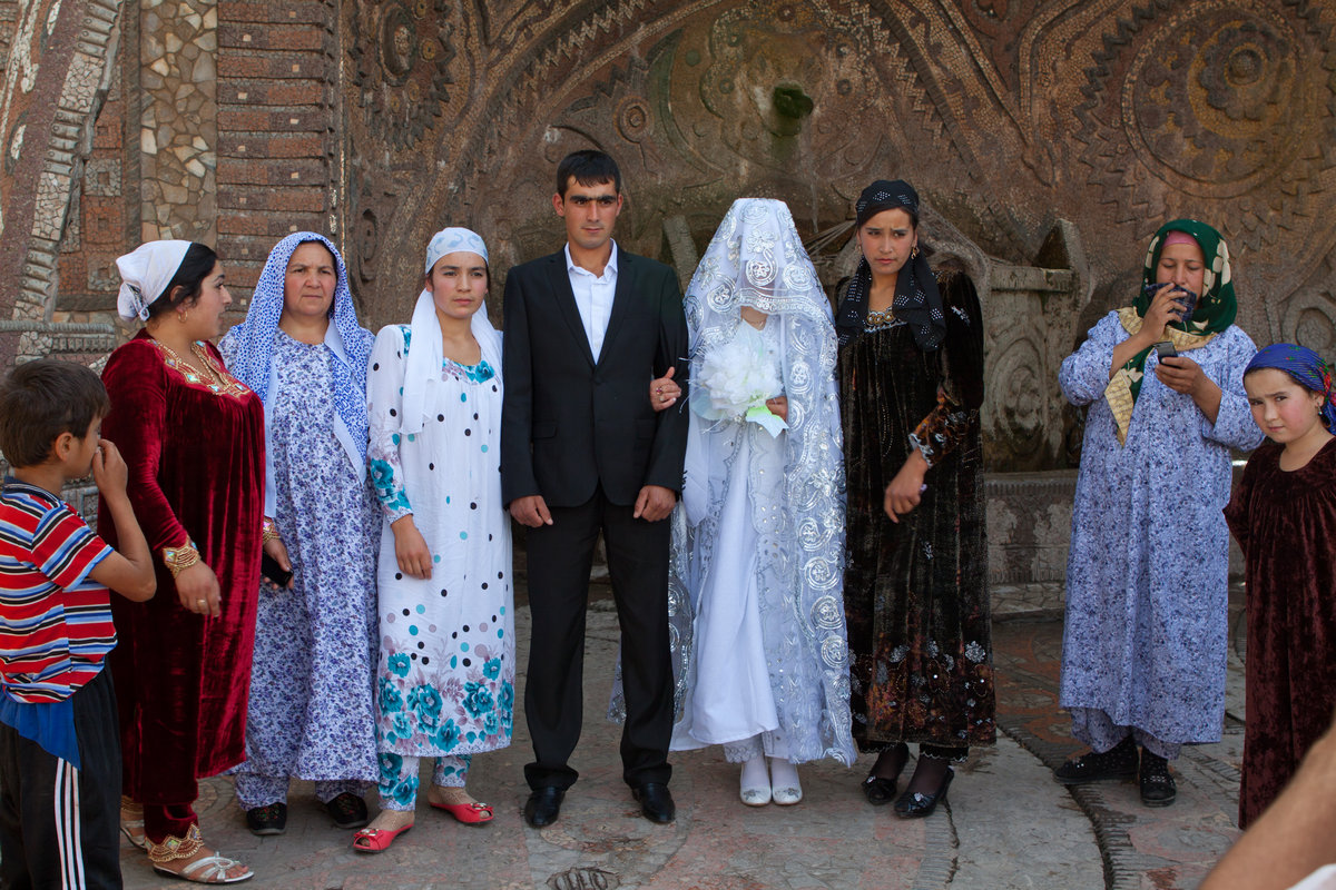 виден также фото свадеб в душанбе давно