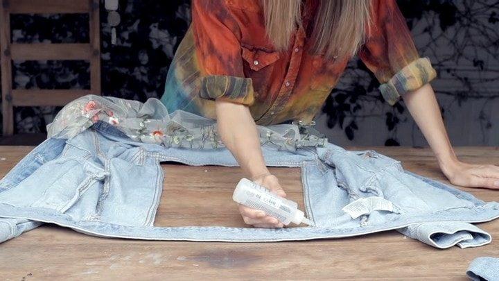 Джинсовая куртка с гипюровыми вставками за 5 минут Рукоделие