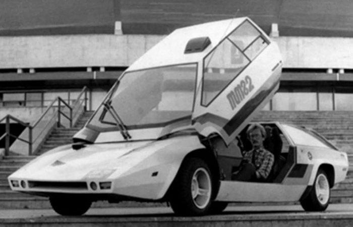 Автомобиль Панголина.