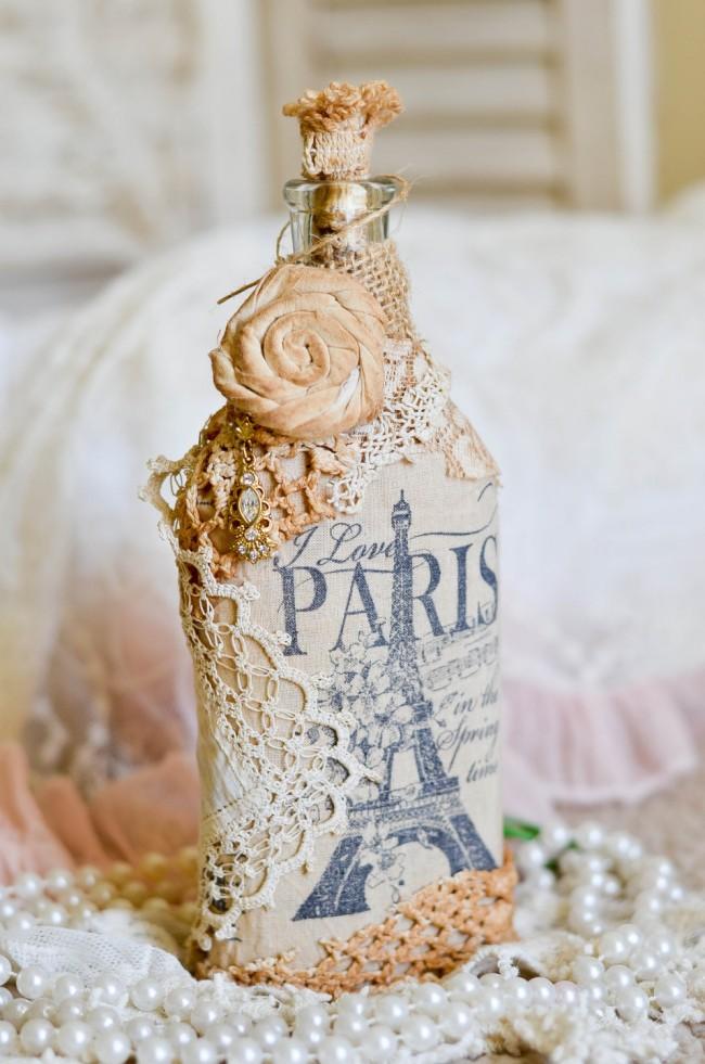 Французская тематика в оформлении бутылки