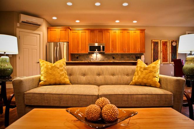 Классический диван в интерьере