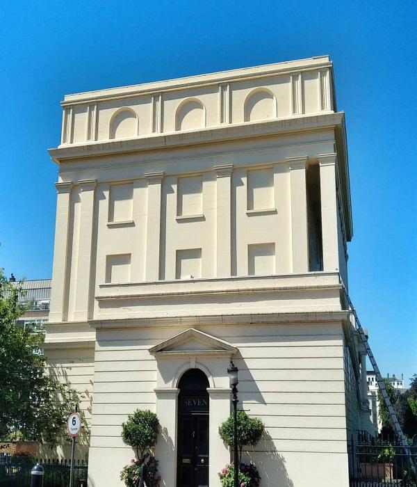Не только люди, но и архитектура пострадала от полуторавекового действия «оконного налога» (Англия).