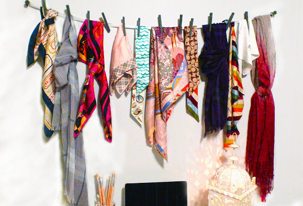 Невероятно простая вешалка для шарфов от  Cedarglen Homes