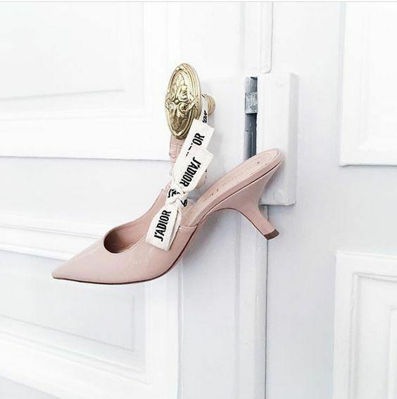 cd0c7eafe Модная обувь весна-лето 2019: фото самых трендовых пар обуви весенне ...