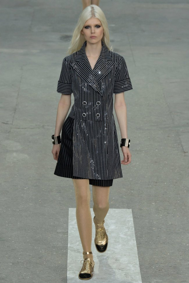 chanel-2015-spring-summer-runway49.jpg
