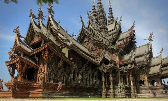 «Святилище истины» — самое фантастическое культовое сооружение Таиланда.