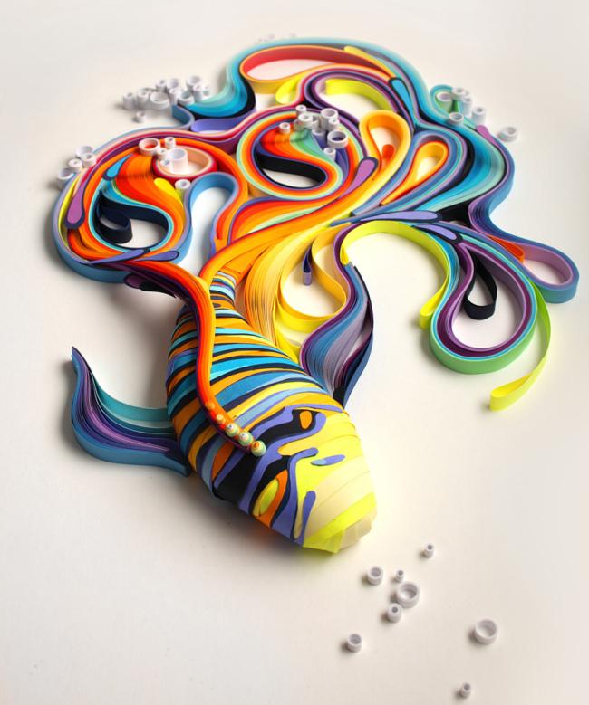 Объемная фигурка из цветной бумаги